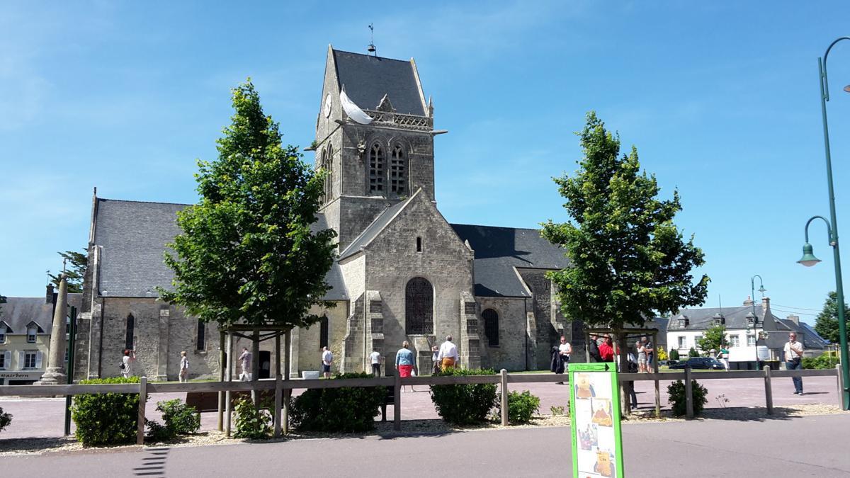 DD-eglise-steeple.jpg