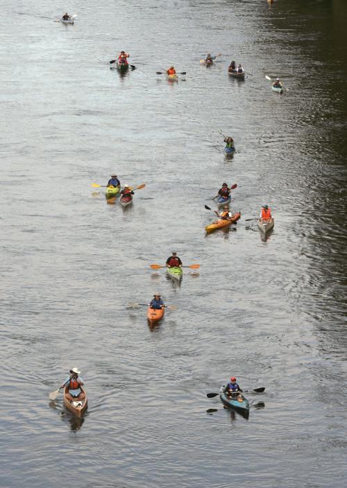 082417-adh-nws-Paddle Oregon-dp.jpg