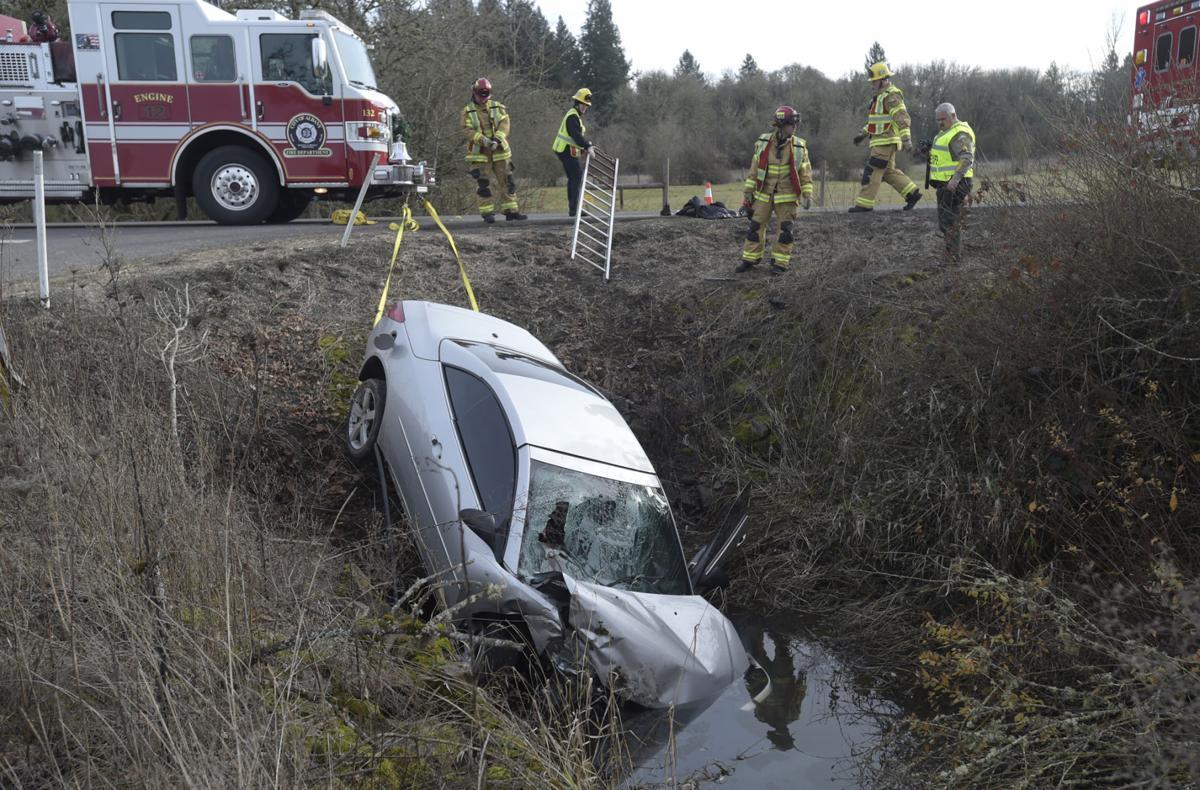 010318-adh-nws-Oakville Road crash01-my