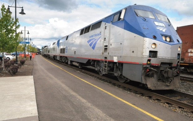 Group seeks Coast Starlight upgrades