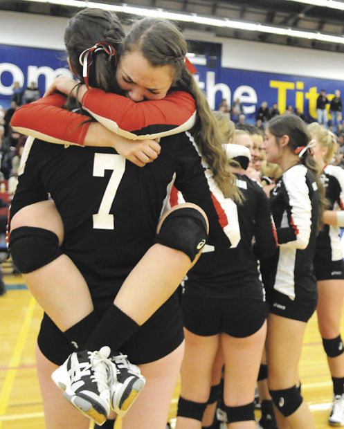 SC volleyball: Bella Foss, Maddy Gravley