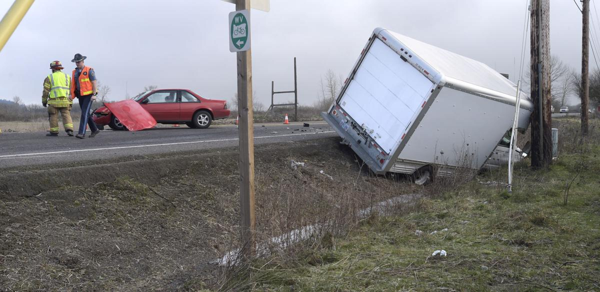 Update: Highway 20 reopens after crash | Local | democratherald com