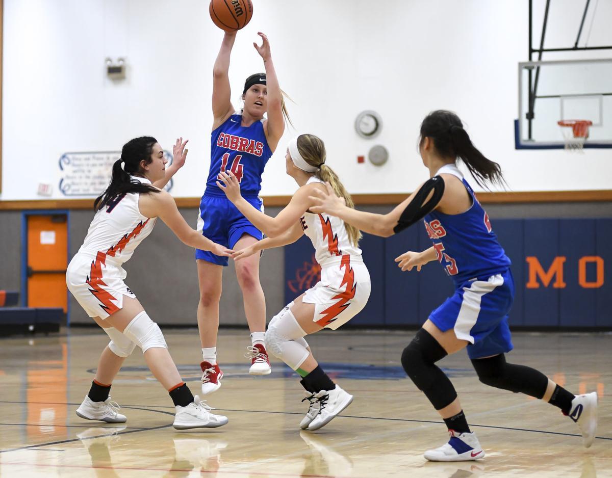 Gallery: Monroe vs Central Linn basketball 02