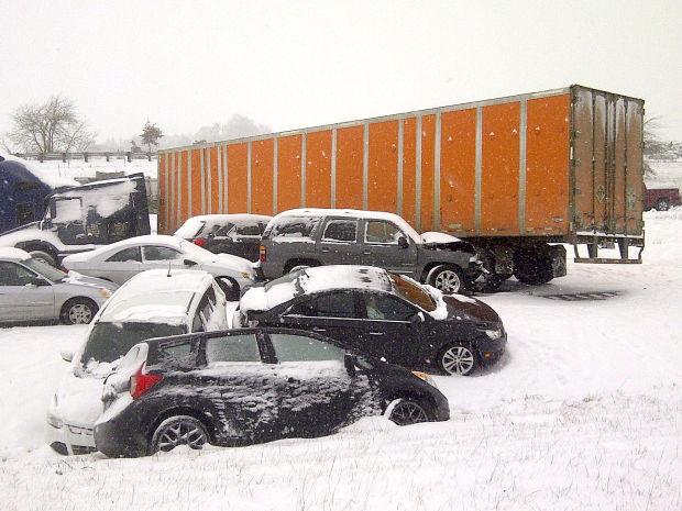 Scene fo the crash north of Albany