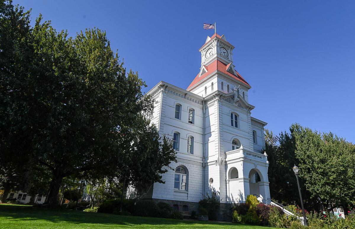 Benton County Courthouse 01