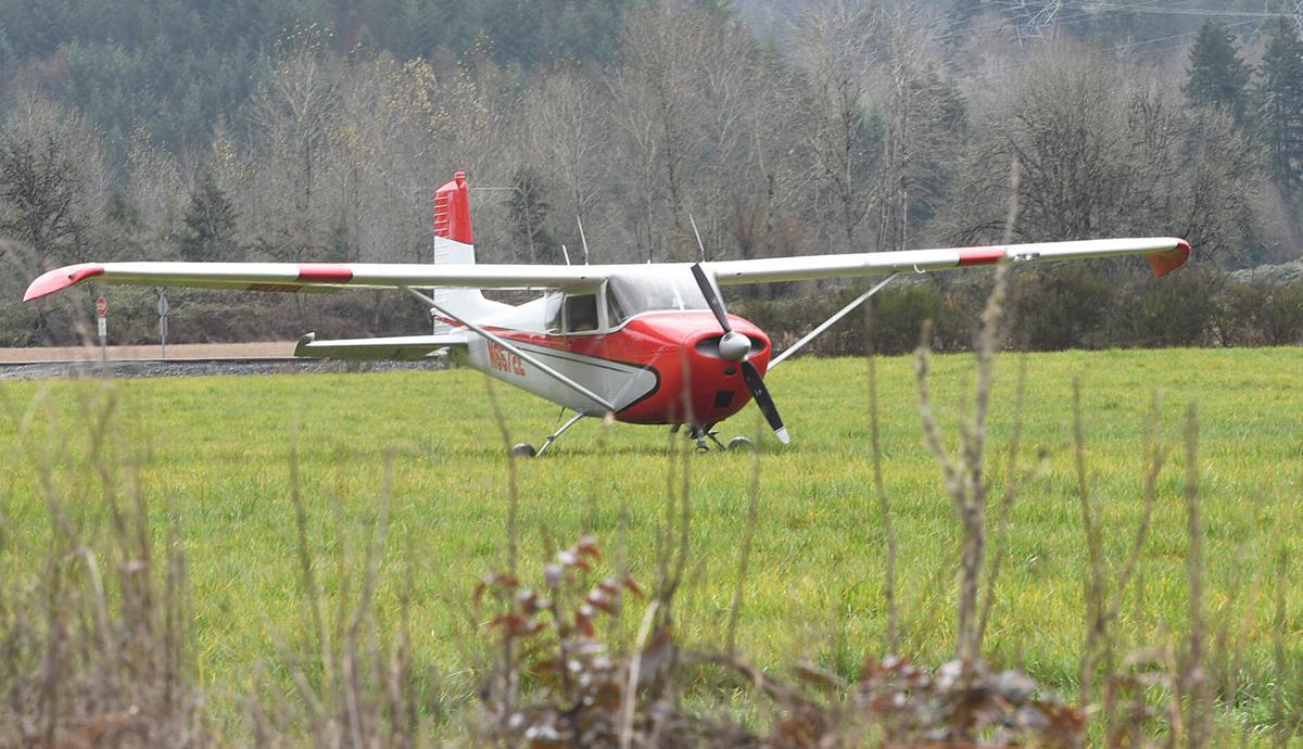 111820-adh-nws-Plane Lyons Mill City Drive-my