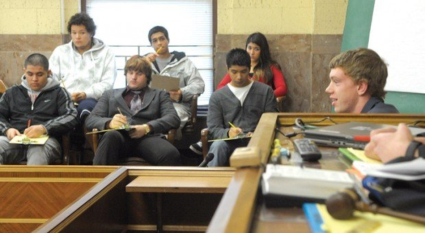 Mock trial brings law to life