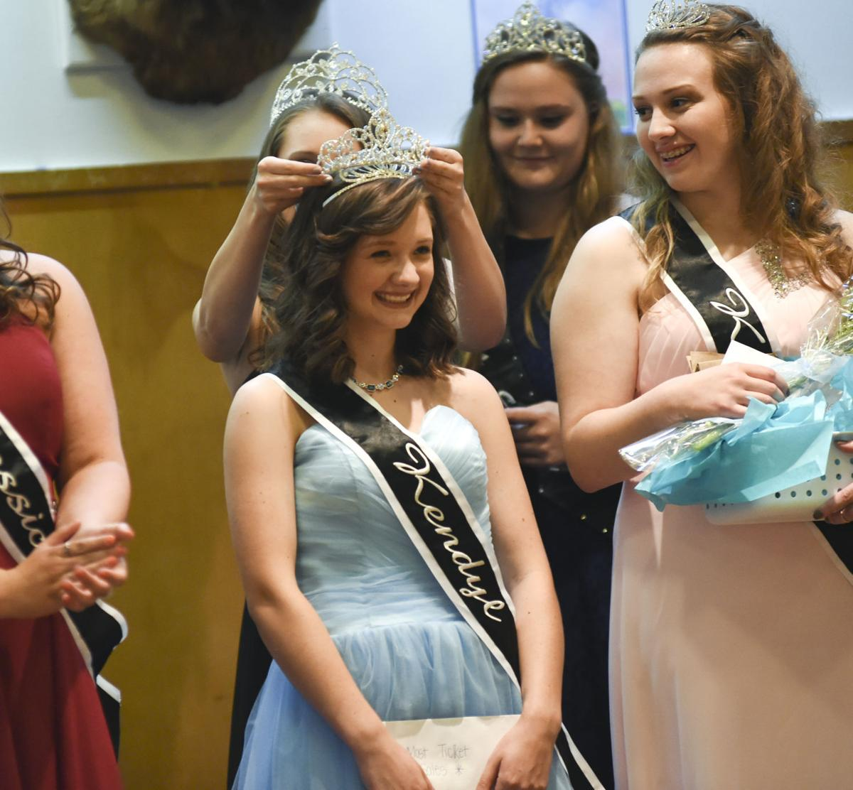 Sportsman's Holiday queen crowned