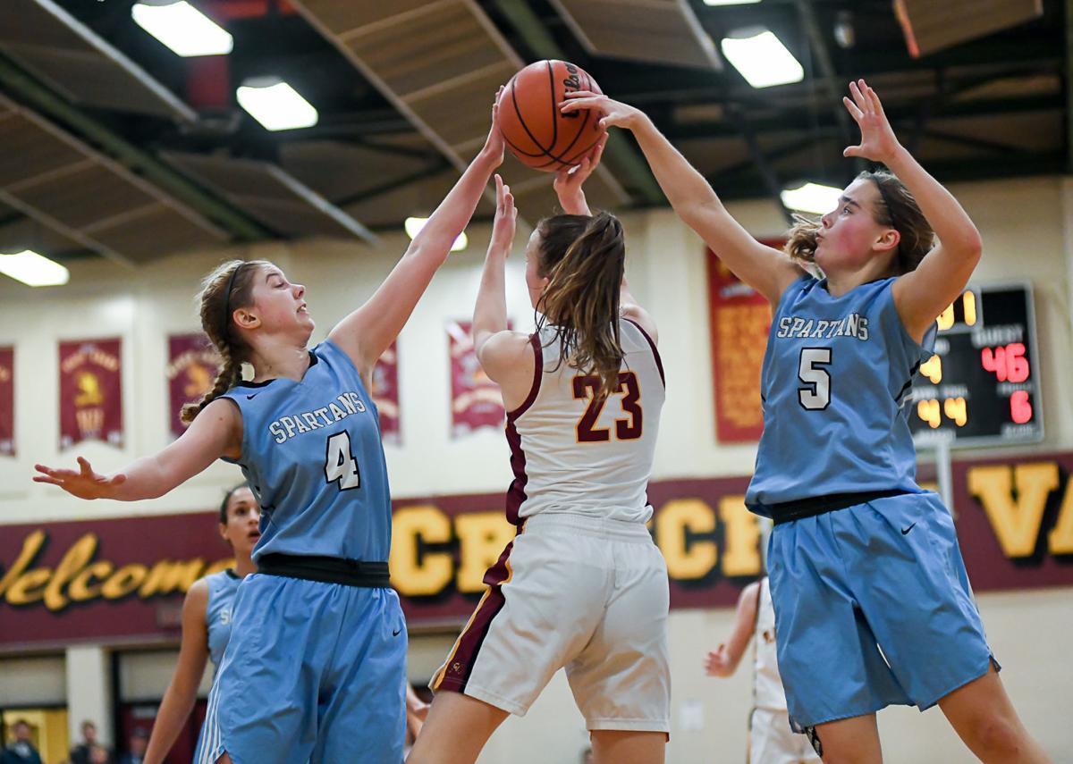 Corvallis vs Crescent Valley girls basketball 01