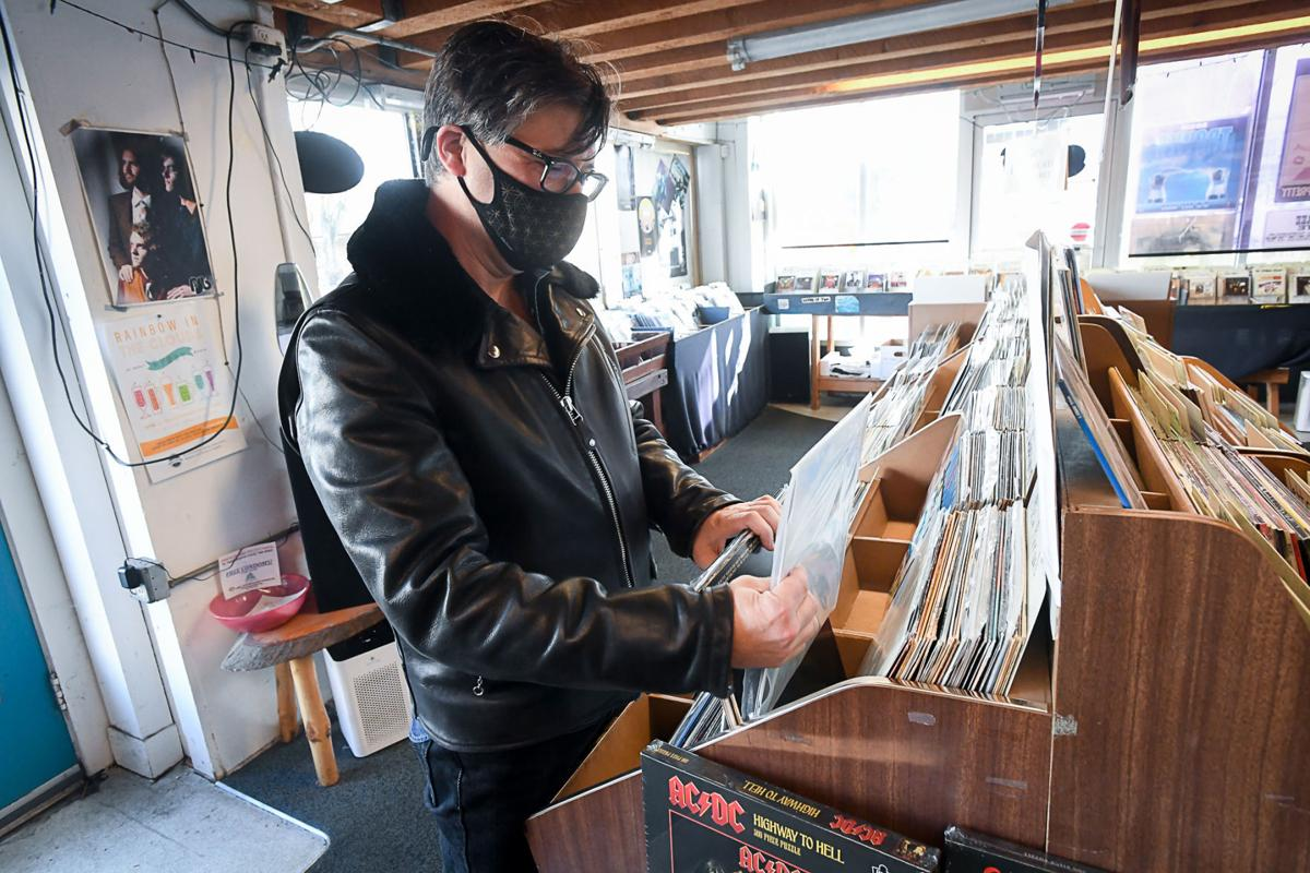 Record Stores 03