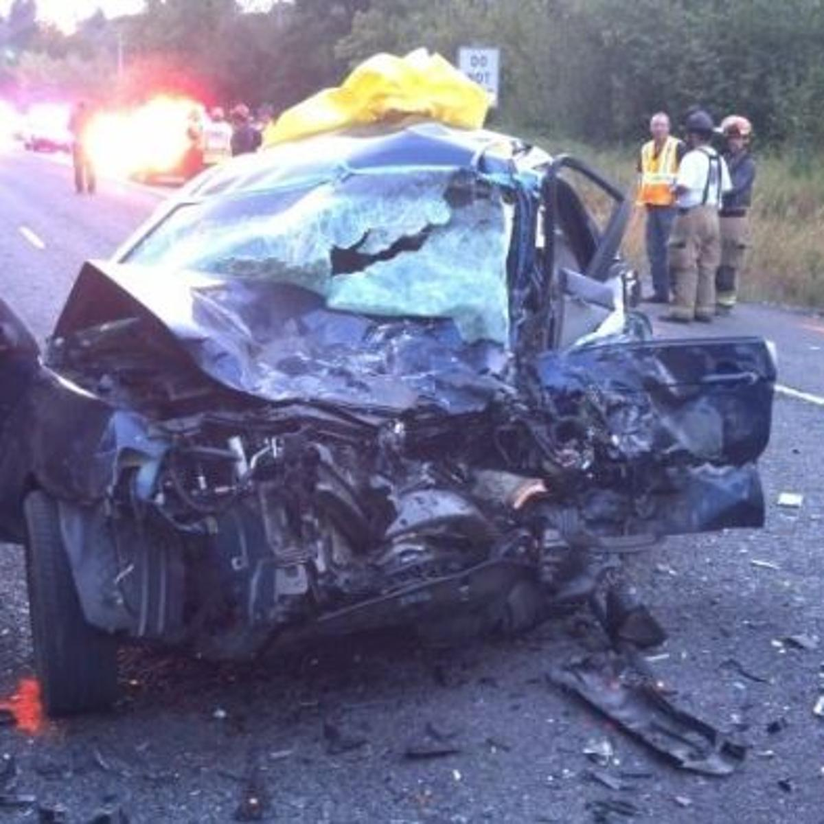 Two killed, two injured in wreck Tuesday near Stayton | Local