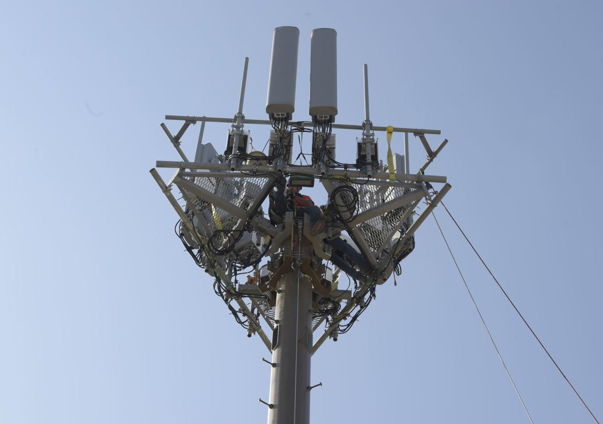 080818-adh-nws-School Cell Towers03-my
