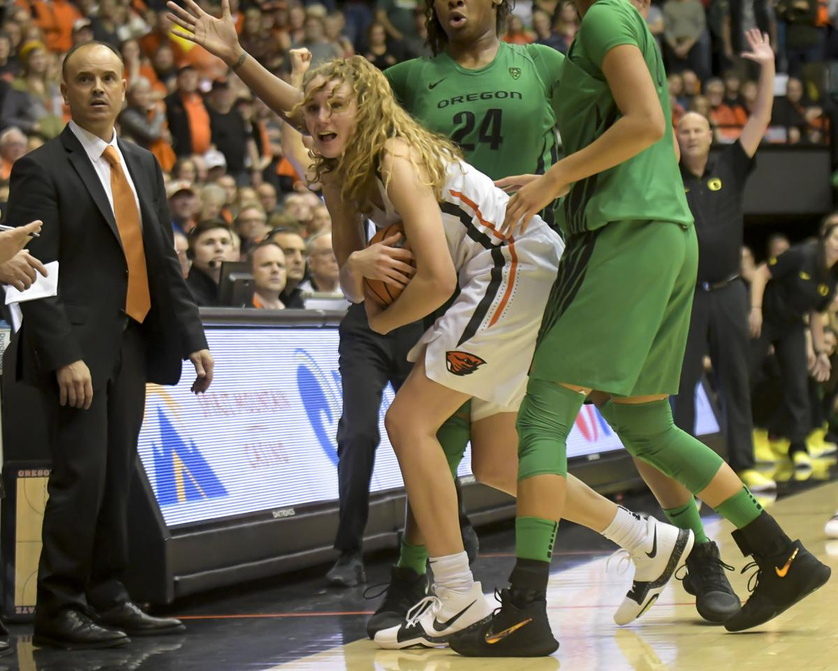 Katie McWilliams vs. Oregon