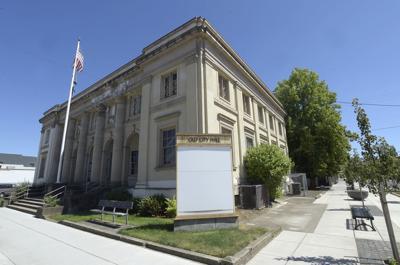 061419-adh-nws-Old City Hall-my