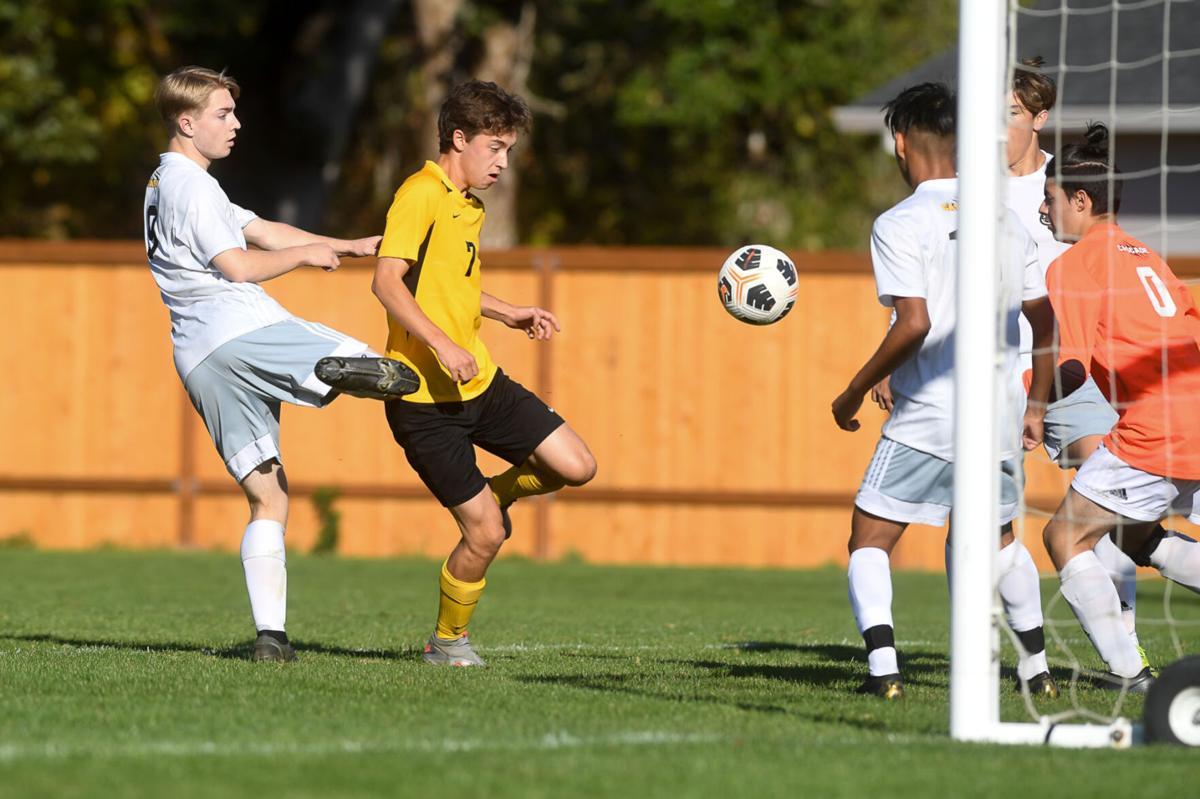 Philomath vs Cascade boys soccer 02