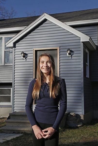 Londonderry teen honored for heroics
