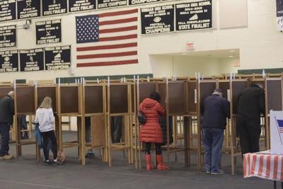 Incumbents head back to Board of Selectmen, School Board in Windham