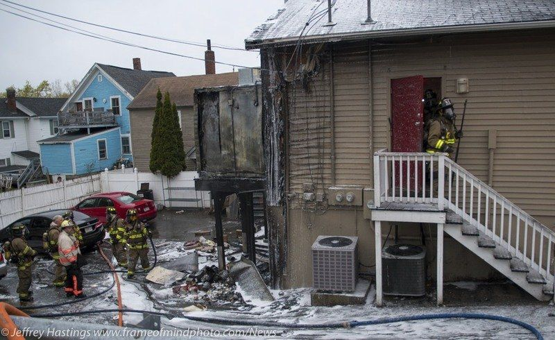 Fire damages downtown eatery