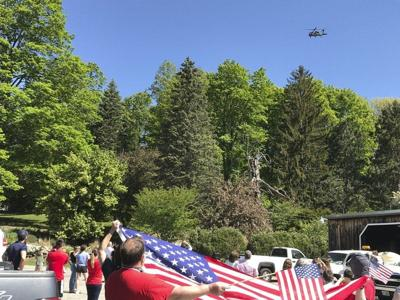 Hometown soldier gives final flyover