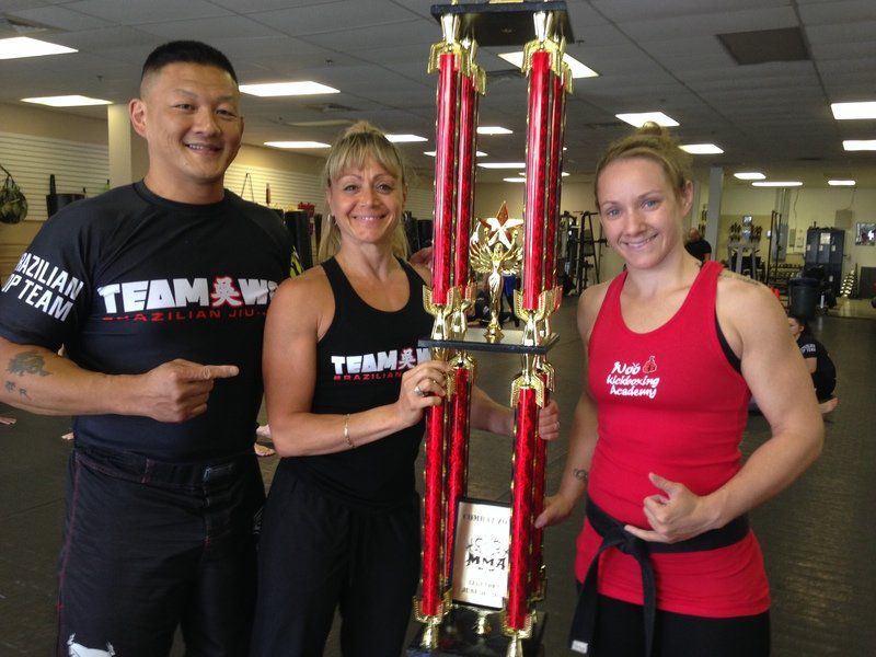 Local kickboxing academy trains mixed martial arts champ