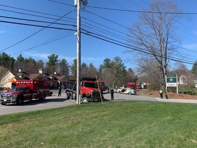 Morning crash injures two in Windham
