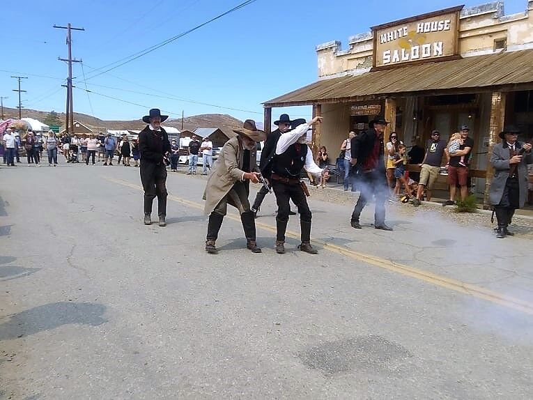 The good guys got the bad guys; bad guys were trying to rob a couple of women on their way to the Randsburg bank.