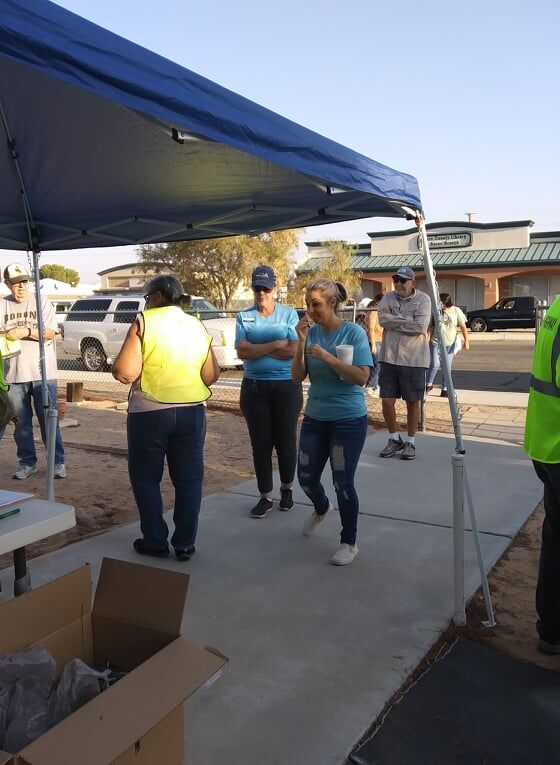 Boron Alta-One Federal Credit Union employees Na'Tosha and Dawna even came to help with the Sept. 25th Boron Community Cleanup_.jpg