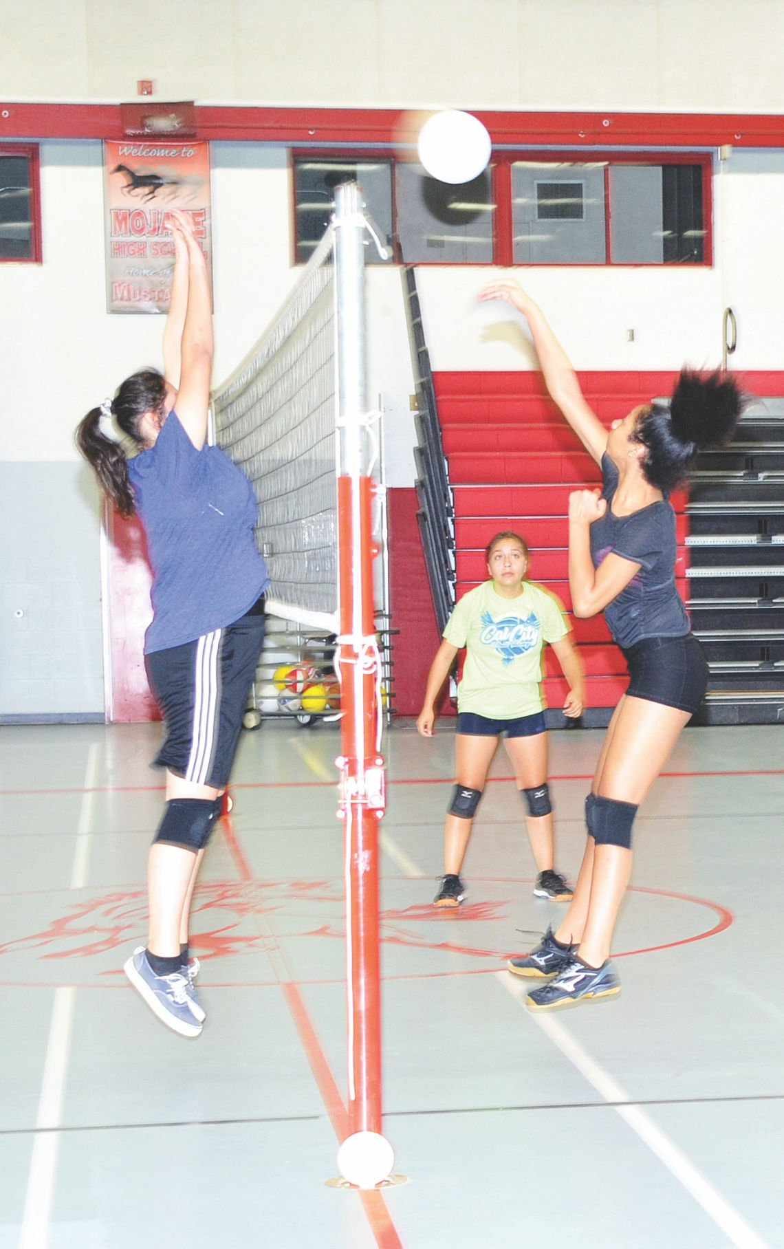 Mojave Mustangs volleyball 2