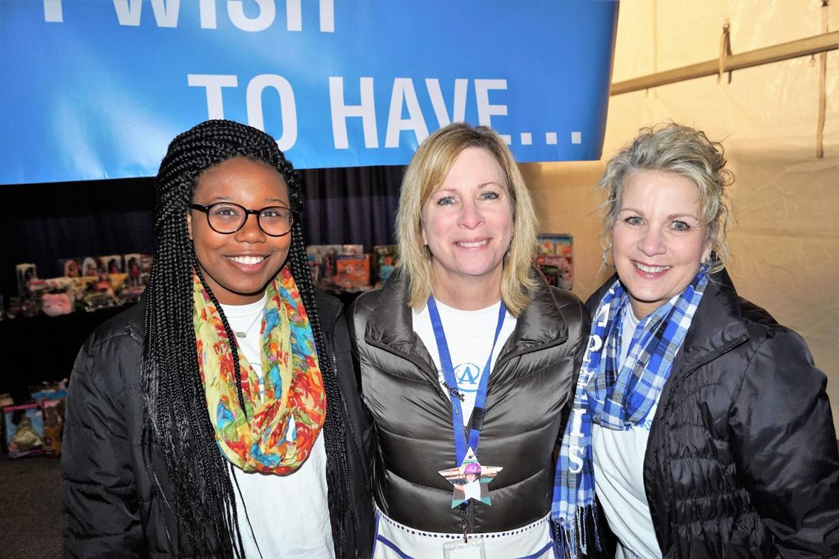 Alexandria Craft, Mary Wilkerson & Laura Hargrave.JPG