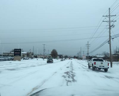 Snow brings DeSoto to crawl