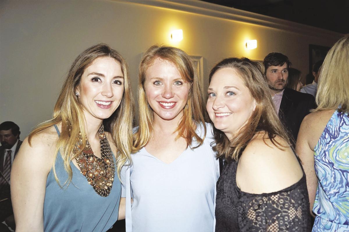 xCallie Kidder, Anna Leigh Minor & Lindsey Hogan.jpg