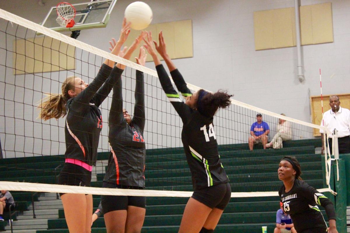 0810 Volleyball scores.jpg