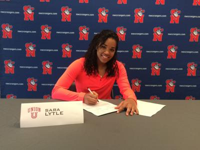 Sara Lytle signs with Union University