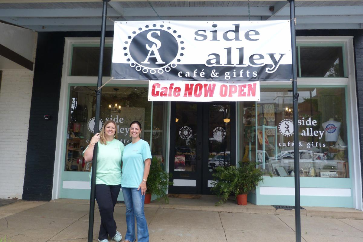 Side Alley Cafe and Gifts