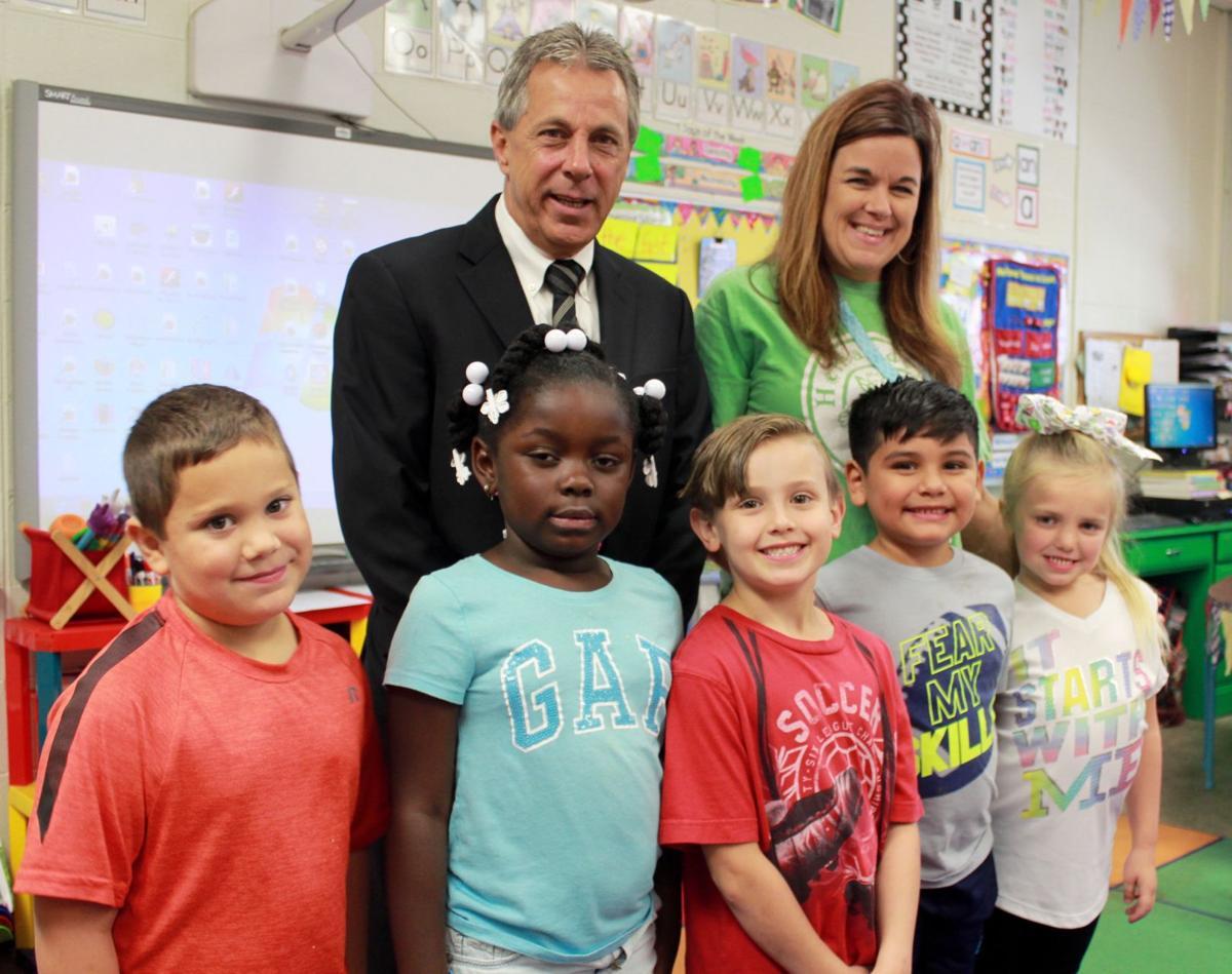 Hernando grade schools get funding for tech