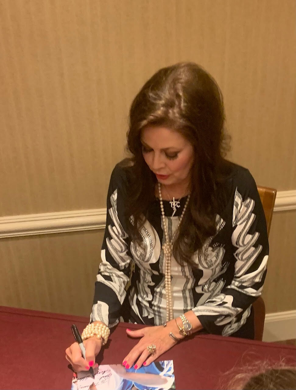 Ginger Alden autographs