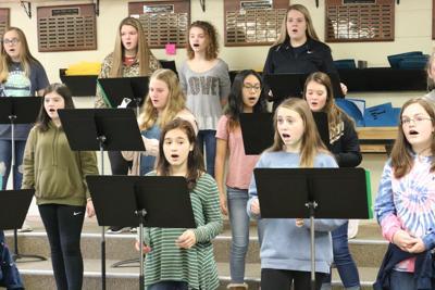 Hernando Middle School girls choir