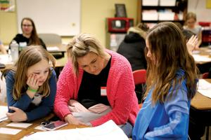 DIS/DUES showcase literacy