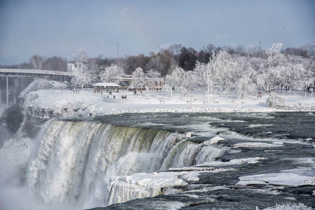 Niagara Falls, frozen