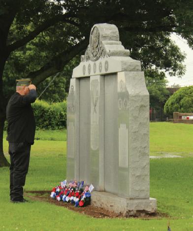 Memorial Day Ceremony in Duncan goes on despite rain