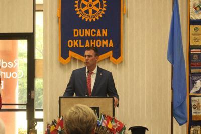 Gov. Stitt visits Duncan Rotary; McGirt decision highlights conversation with club