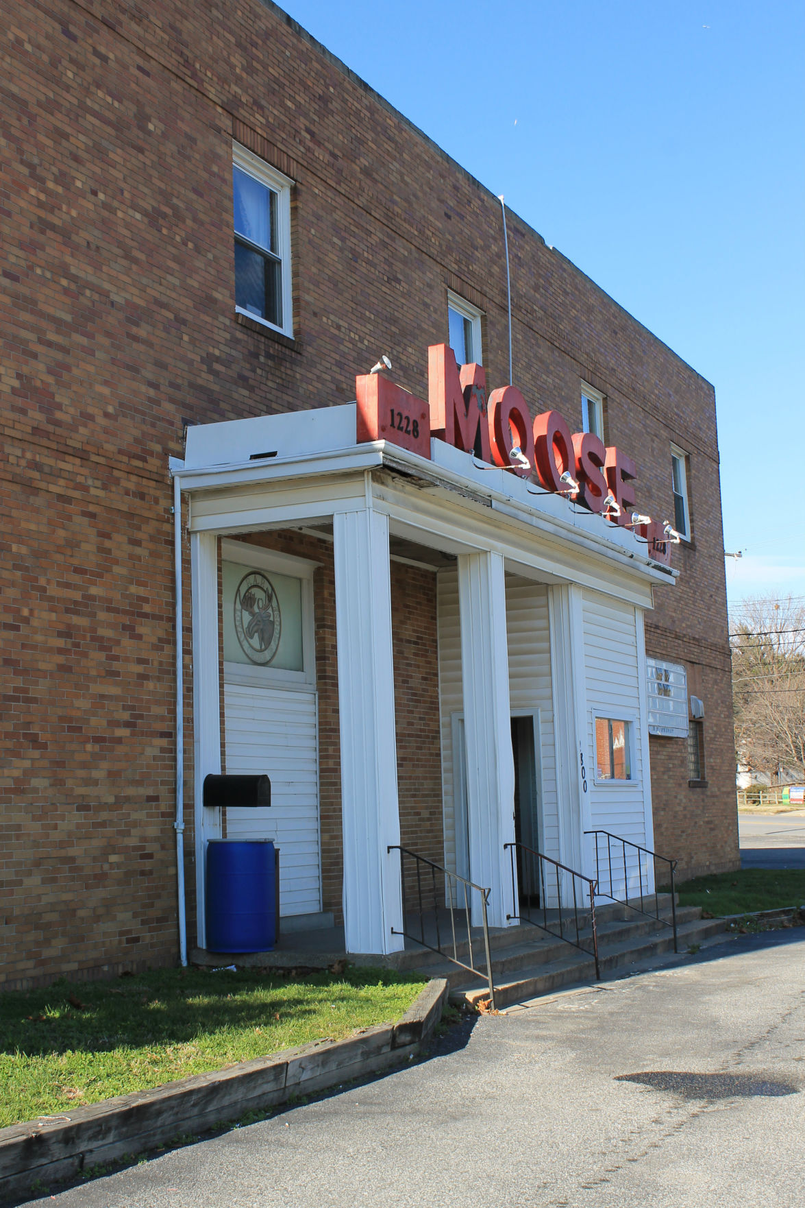 Dundalk Moose lodge headed to auction   Local News ...