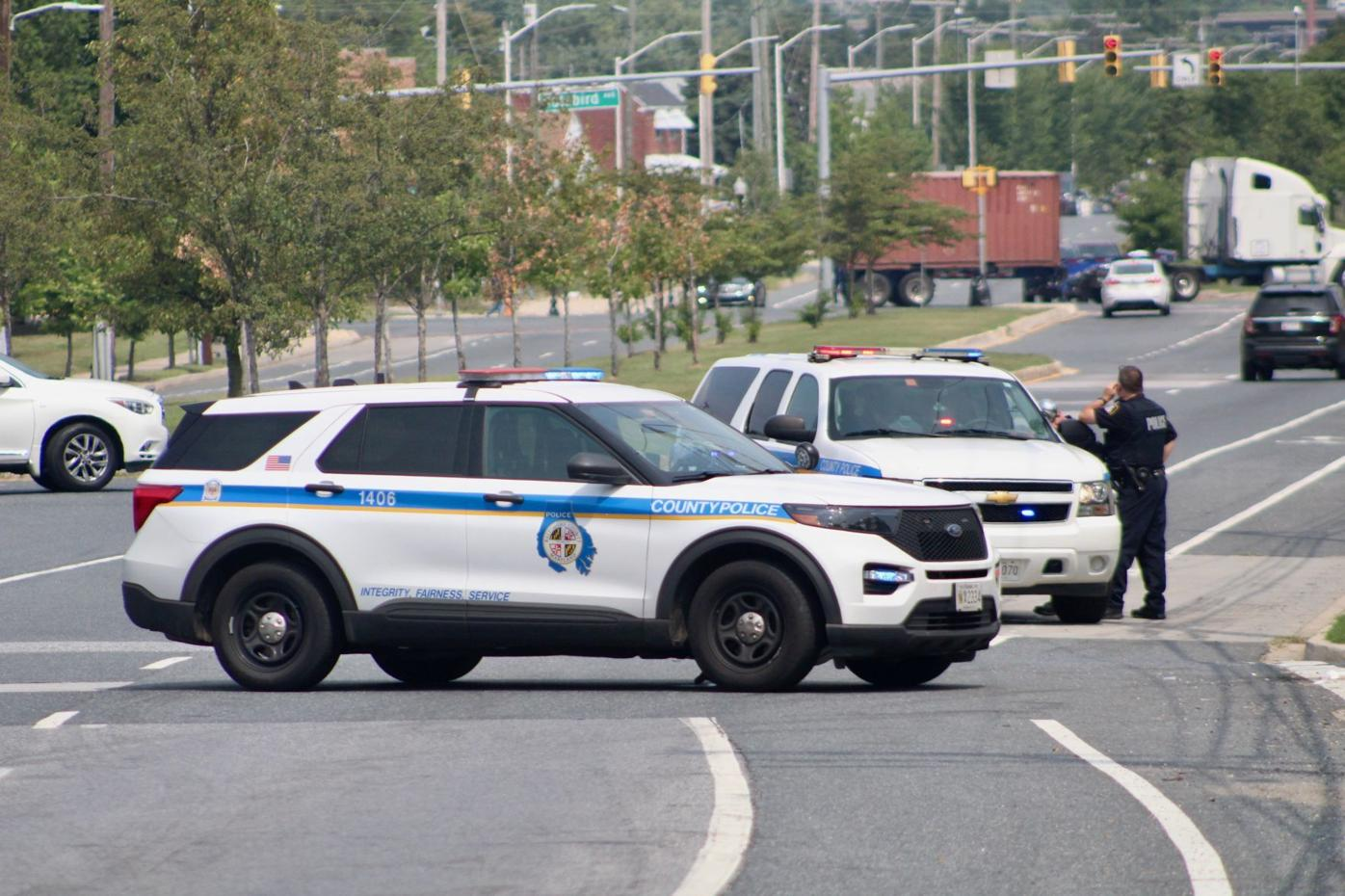 Two injured in Dundalk Avenue crash