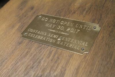 capsule plate