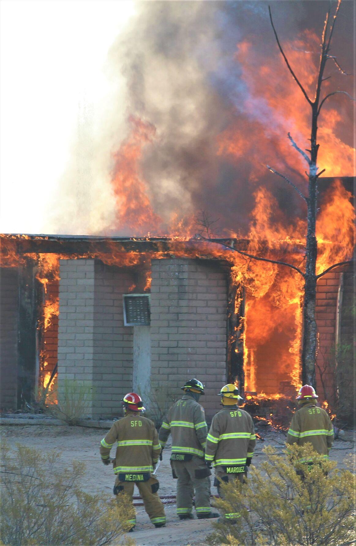 201021-localnews-saffordfire (1).JPG