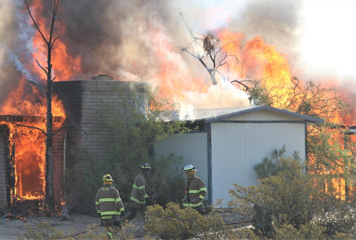 201021-localnews-saffordfire (2).JPG