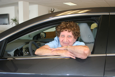 kempton chevrolet buick honors rock marge reynolds hodges manages for 45 years local news stories eacourier com eastern arizona courier