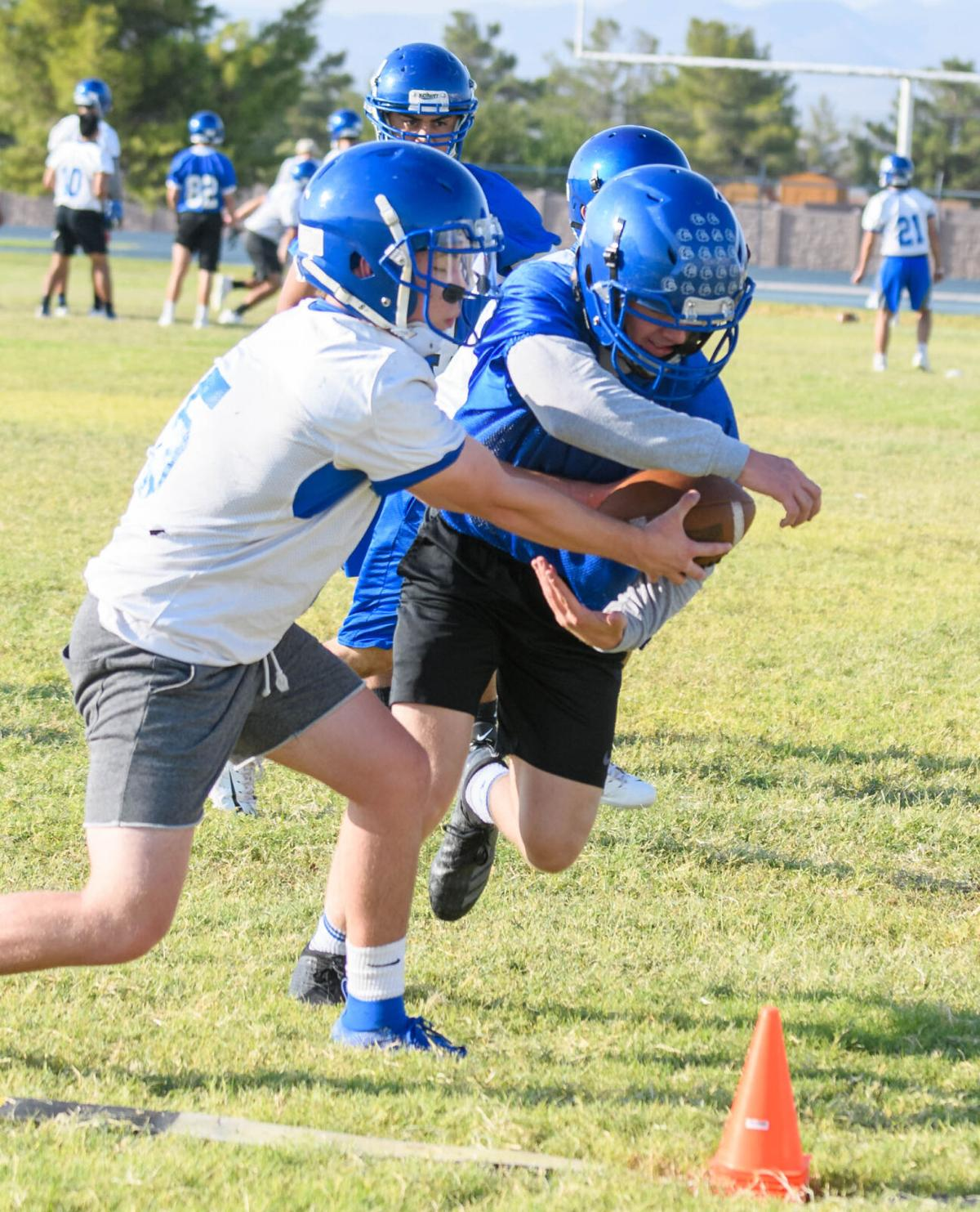 Safford Volleyball and football-242.jpg