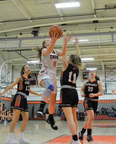 Photo: Eagle- Newport girls basketball falls 70-44