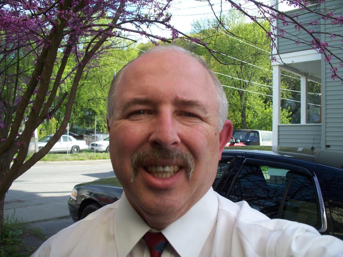 0226 Stefan Golec Headshot